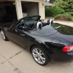 2014 Mazda Miata loses top in 12 seconds