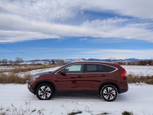 The '15 Honda CR-V stands out in farm country south of Longmont. (Bud Wells photos)