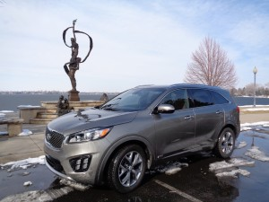 The 2016 Kia Sorento is powered by small turbocharged engine. (Bud Wells photos)