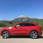 '18 Jaguar F-Pace climbs with turbo-4