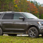 V-6 EcoBoost, 10-speed power Expedition
